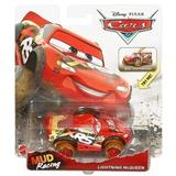 CARS XRS LIGHTING MCQUEEN MUD RACING ODPRUŽENÝ ZÁVOĎÁK