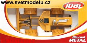 COMPACT COMPACTOR WITH DOZER BLADE
