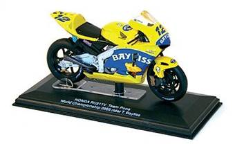 HONDA RC211V TEAM PONS NO. 12 T. BAYLISS MOTO GP 2005