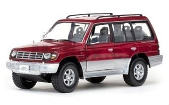 MITSUBISHI PAJERO 3,5 V6 LONG 1998 RED