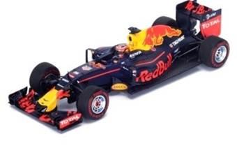 Red Bull RB12 Tag Heuer #26 Daniil Kvyat 7th Bahrain GP