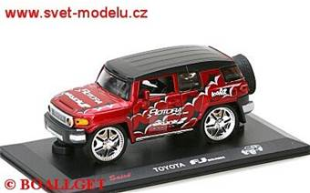 TOYOTA FJ CRUISER TUNER RED
