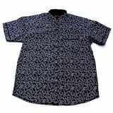 Pánská košile Kamro černá s bílými písmenky krátký rukáv 9XL - 12XL