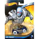 HOTWHEELS AUTÍČKA DCU MR.  FREEZE